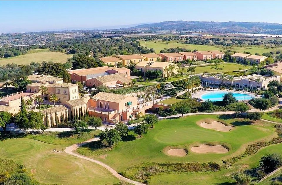 donnafugata golf resort in sicilia